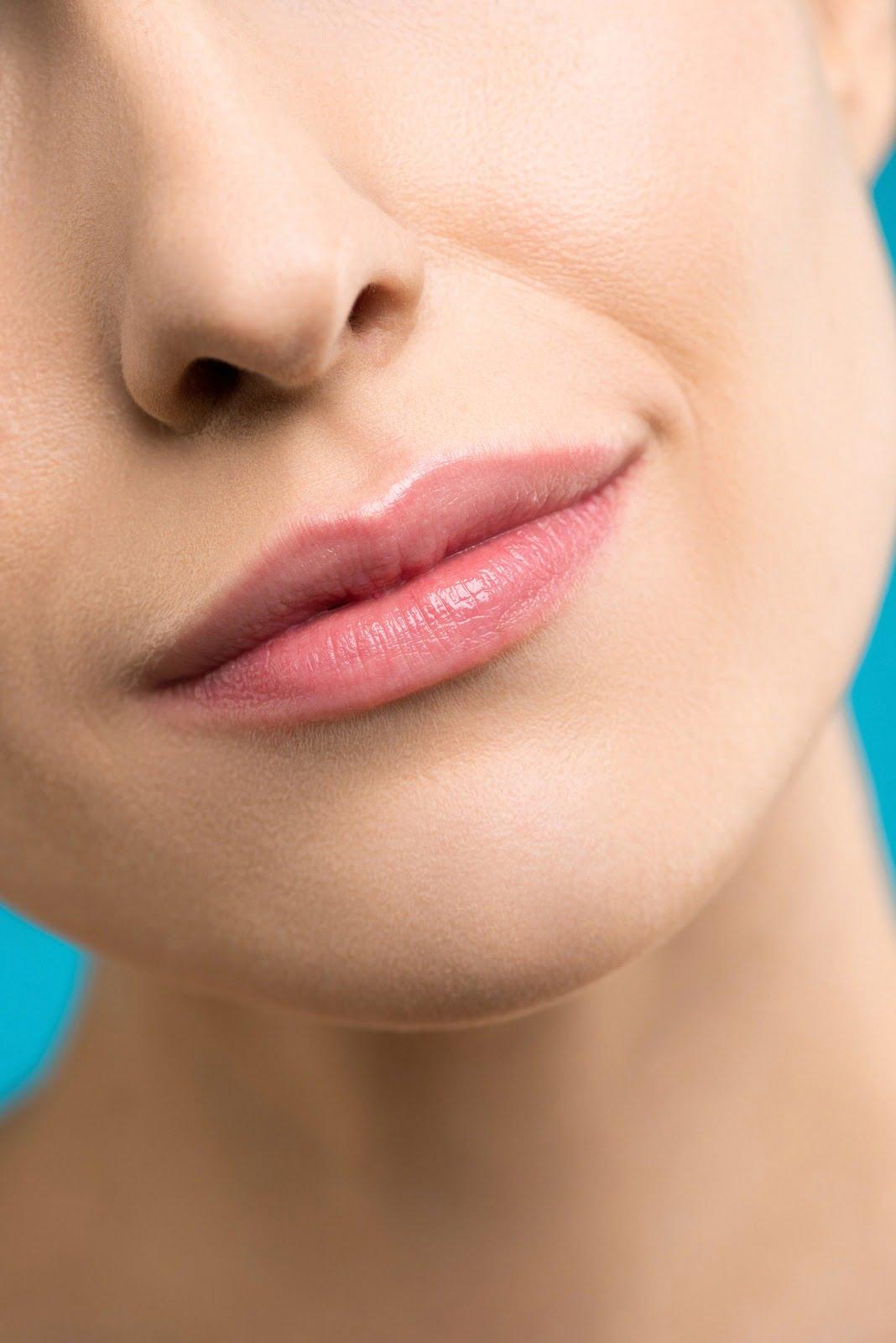 5 sfaturi pentru buze mai hidratate și mai mătăsoase
